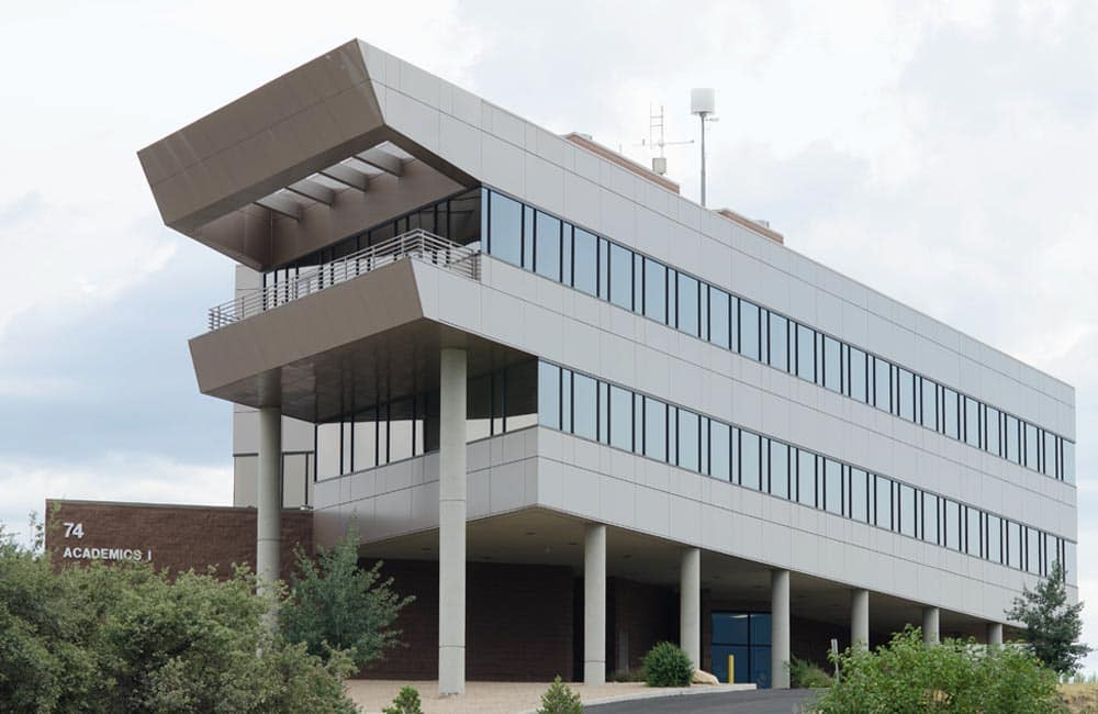 embry riddle aeronautical university business buildings