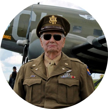 Wings Out West Airshow Honored Guest Lt. Col. Dave Hamilton
