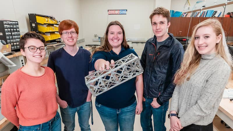 Students work on their Eagle Sat capstone