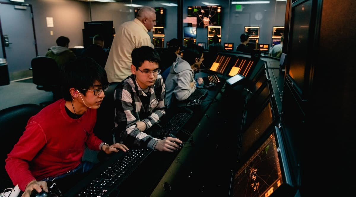 Students in the Air Traffic Control Lab